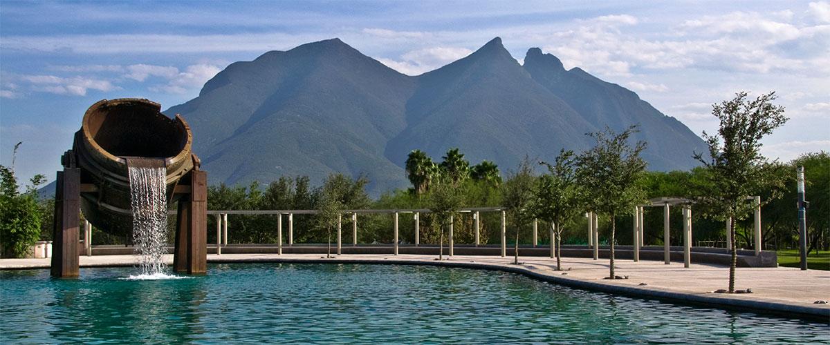 Creciendo Regio: Vivir bajo el Cerro de la Silla